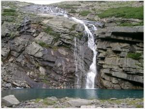 """Незабываемое озеро Байкал: фото """"Водопад"""""""