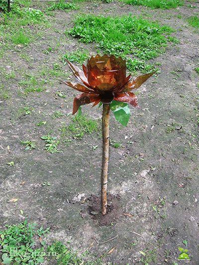 Закрепить цветок на ножке