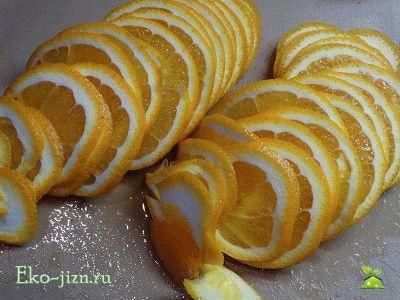 Натереть апельсины