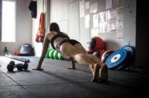 Что произойдет с организмом, если делать планку каждый день (укрепление мышц в расчет не берем)